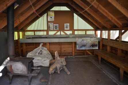 Inside the warming shelterThe warming shelter at Finnegan's Point has places to sit, some park information, and a small stove.