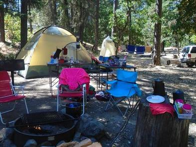 JACKSON CAMPGROUND ON THE APPLEGATE RIVER